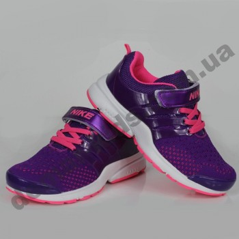 Детские кроссовки Nike фиолетово-розовые