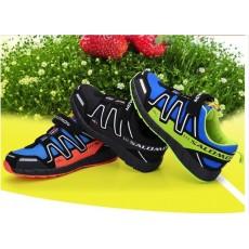 Спортивная обувь и детские спортивные уголки